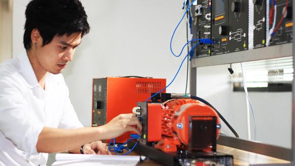 วิศวะ ปี60 เรียนศรีปทุม 2 ปี + 2 ปีที่ออสเตรเรีย รับปริญญาจาก Griffith University + กว. จากสภาวิศวกร ทำงานเป็นวิศวกรที่ออสเตรเลีย02